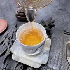 92_2005年云南布朗山生态古树生普洱茶    350g